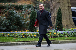 © Licensed to London News Pictures. 09/01/2018. London, UK. Secretary of State for Wales Alun Cairns arrives on Downing Street for the first meeting of the Cabinet after Prime Minister Theresa May's reshuffle. Photo credit: Rob Pinney/LNP