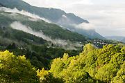 Berge und Wälder bei Arogno, UNESCO Welterbestätte Monte San Giorgio, Tessin, Schweiz | Mountains and forests around Arogno, UNESCO World Heritage Site Monte San Giorgio, Ticino, Switzerland