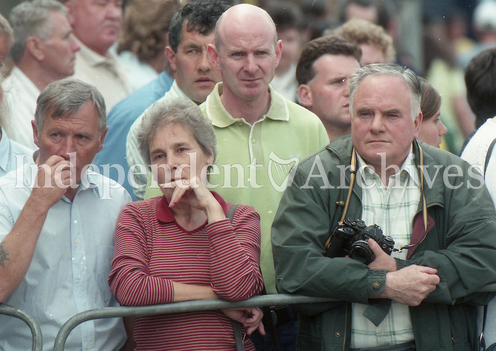 Crowds lined to greet Prince Charles in Omagh after visiting the injured in Tyrone Co. Hospital following the Omagh bombings 18/8/98. (Part of the Independent Newspapers Ireland/NLI Collection)