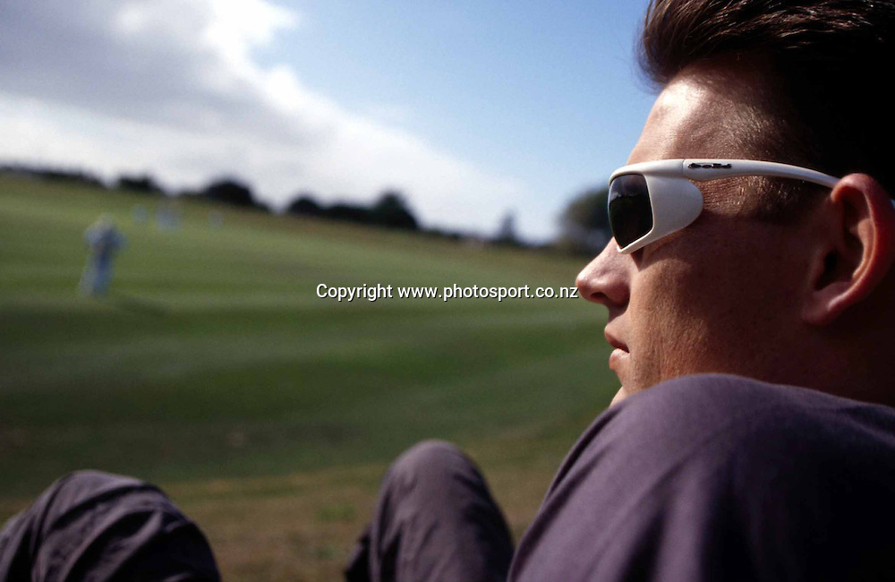 Photoshoot with New Zealand mens fast bowler, Shane Bond, 22 March, 2002, Christchurch.  Photo: PHOTOSPORT<br />