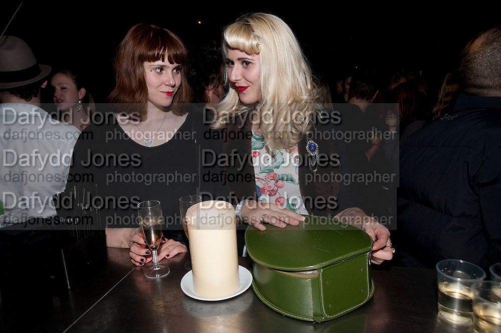 KATE NASH; ALISHA SADLER, The opening night of La Clique at the Rounhouse i. 25 November 2009