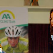 NLD/Alphen aan de Rijn/20060308 - Presentatie nieuwe wielerploeg Leontien van Moorsel, AA Drink Cycling team,