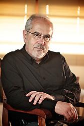 """Luiz Antonio de Assis Brasil (Porto Alegre, 1945) é um escritor e professor universitário brasileiro. Estreou em 1976 com o romance """"Um Quarto de Légua em Quadro"""".  FOTO: Jefferson Bernardes/Preview.com"""