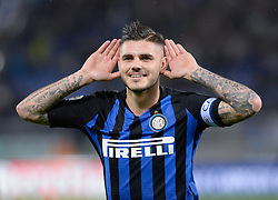 October 29, 2018 - Italy - Mauro Icardi celebrates after scoring goal 0-3 during the Italian Serie A football match between S.S. Lazio and Inter at the Olympic Stadium in Rome, on october 29, 2018. (Credit Image: © Silvia Lor/Pacific Press via ZUMA Wire)