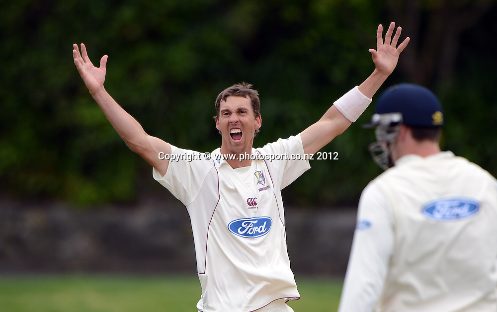 Brent Arnel appeals successfully for a LBW decision to dismiss Dean Bartlett. Plunket Shield Cricket, Auckland Aces v Northern Knights at Eden Park Outer Oval. Monday 12 November 2012. Photo: Andrew Cornaga/Photosport.co.nz