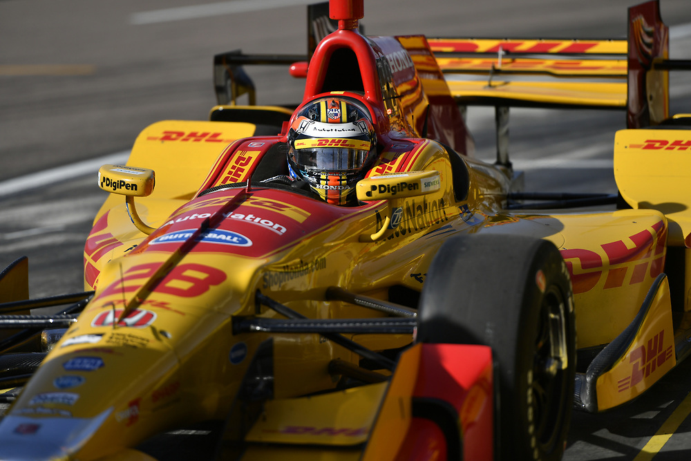 Verizon IndyCar Series<br /> Desert Diamond West Valley Phoenix Grand Prix<br /> Phoenix Raceway, Avondale, AZ USA<br /> Friday 28 April 2017<br /> Ryan Hunter-Reay, Andretti Autosport Honda <br /> World Copyright: Scott R LePage<br /> LAT Images<br /> ref: Digital Image lepage-170428-phx-368