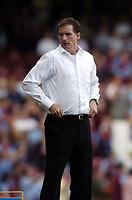 Photo: Olly Greenwood.<br />West Ham United v Newcastle United. The Barclays Premiership. 17/09/2006. Newcastle manager Glenn Roeder