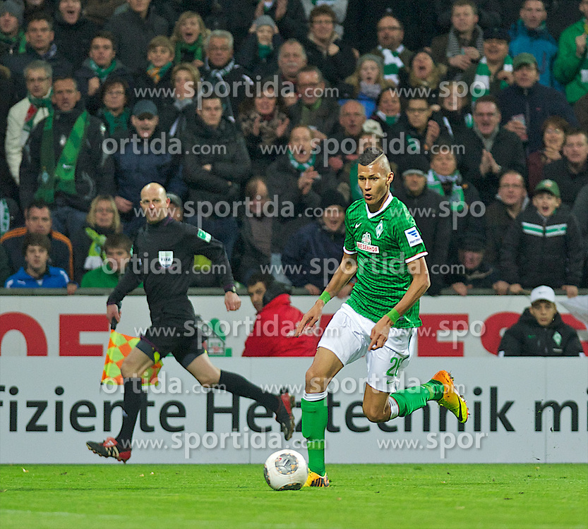 03.11.2013, Weserstadion, Bremen, GER, 1. FBL, SV Werder Bremen vs Hannover 96, 11. Runde, im Bild Florian Hartherz (Bremen #26) am Ball // Florian Hartherz (Bremen #26) am Ball during the German Bundesliga 11th round match between SV Werder Bremen and Hannover 96 at the Weserstadion in Bremen, Germany on 2013/11/04. EXPA Pictures &copy; 2013, PhotoCredit: EXPA/ Andreas Gumz<br /> <br /> *****ATTENTION - OUT of GER*****