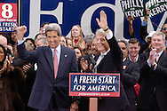 PHILADELPHIA - OCTOBER 25: Former U.S. President Bill Clinton campaigns for Democratic Presidential candidate Sen. John Kerry October, 25, 2004 in Philadelphia, Pennsylvania. The rally was Clinton's first public appearance since open heart surgery six weeks ago.  (Photo by William Thomas Cain/Getty Images)
