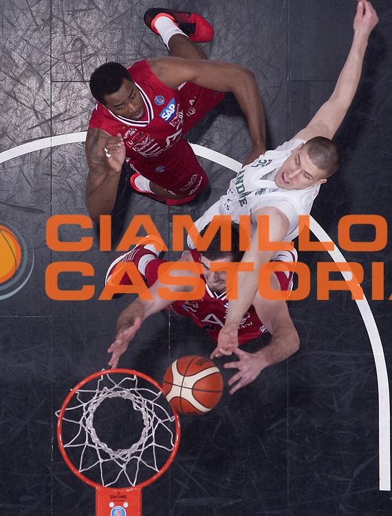 DESCRIZIONE : Beko Legabasket Serie A 2015- 2016 EA7 Emporio Armani Olimpia Milano - Sidigas Scandone Avellino<br /> GIOCATORE : Ivan Buva<br /> CATEGORIA : tiro penetrazione special<br /> SQUADRA : Sidigas Scandone Avellino<br /> EVENTO : Beko Legabasket Serie A 2015-2016<br /> GARA : EA7 Emporio Armani Olimpia Milano  - Sidigas Scandone Avellino<br /> DATA : 31/01/2016<br /> SPORT : Pallacanestro <br /> AUTORE : Agenzia Ciamillo-Castoria/R.Morgano