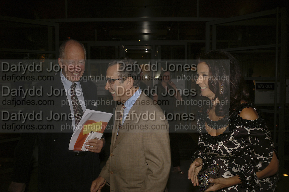 Lord Jacob rothschild with Mr. and Mrs. David Khalilii, Opening of Bejewelled by Tiffany, 1837-1987. Gilbert Collection, Somerset House.  21 June 2006. ONE TIME USE ONLY - DO NOT ARCHIVE  © Copyright Photograph by Dafydd Jones 66 Stockwell Park Rd. London SW9 0DA Tel 020 7733 0108 www.dafjones.com
