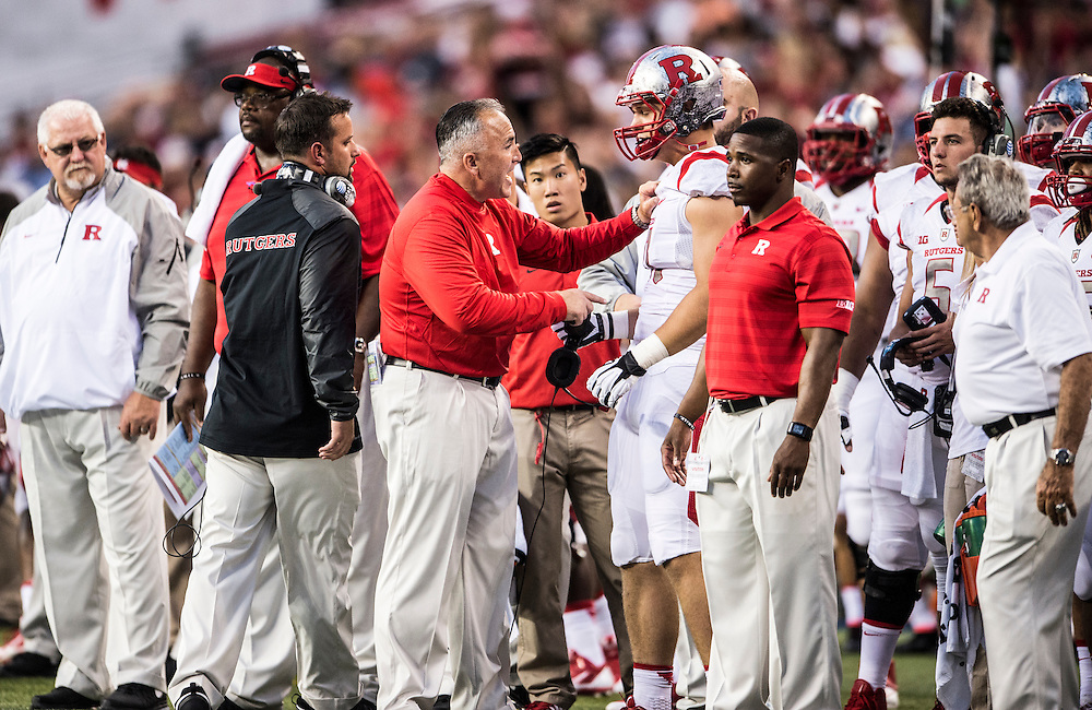 The Rutgers Scarlet Knights football team take on the Washington State Cougars in the season opener at Century Link Field in Seattle, WA on Thursday night, August 28, 2014.<br /> Ben Solomon/Rutgers Athletics