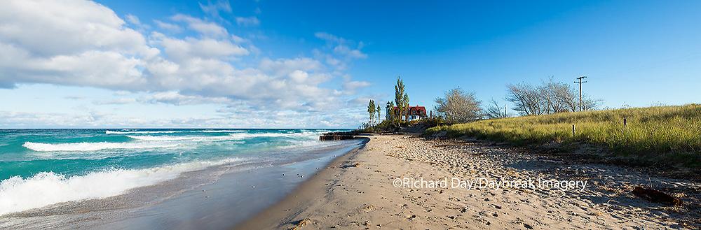64795-01402 Point Betsie Lighthouse on Lake Michigan, Benzie County, Frankfort, MI