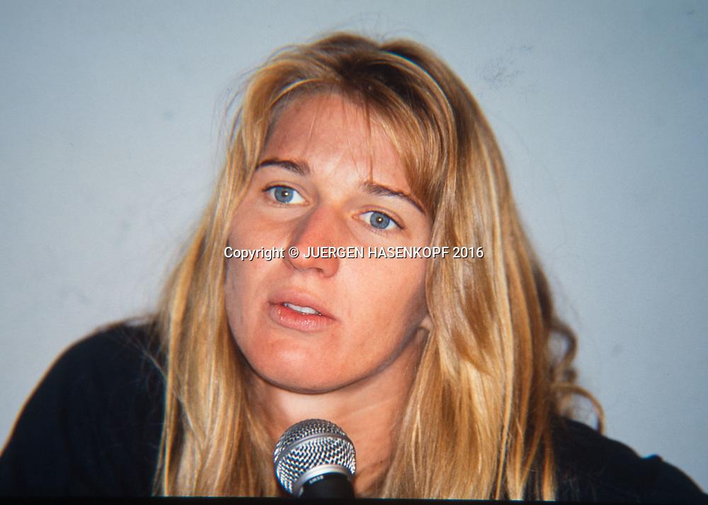 Steffi Graf (GER), Pressekonfernz, Roland Garros, French Open 1994<br /> <br /> Tennis - French Open 1994 - Grand Slam ATP / WTA -  Roland Garros - Paris -  - France  - 24 November 2016.