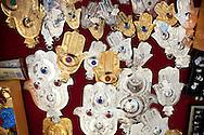 Roma 30 Agosto 2011.Il mercato con i cibi  del mondo arabo fuori alla grande Moschea di Roma..La mano di fatima anche nota come Khamsa è un amuleto caratteristico delle religioni musulmana