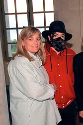 File photo dated July 1997 of 'King of Pop' Michael Jackson with his wife Debbie Rowe, visiting the 'Champ de Bataille' castle in French Normandie. Rowe just announced that she was then paid more than 5 millions dollars to marry Michael Jackson and give him the children she carried... Photo by Balkis Press/ABACAPRESS.COM  | 92381_01