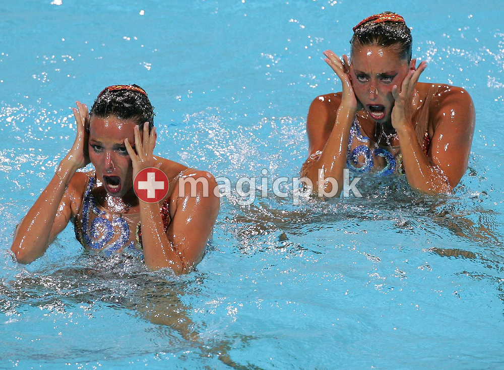 Spanish swimmers Gemma Mengual and Paola Tirados perform their routine in the Synchronised women's Synchronised Swimming Free Routine of the Athens 2004 Olympic Games at the Olympic Aquatic Centre in Athens Tuesday 24 August 2004.  ........ (Photo by Patrick B. Kraemer / MAGICPBK)