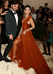 May 7, 2018 - New York City, New York, U.S. - PARIS JACKSON attends the Costume Institute Benefit celebrating the opening of Heavenly Bodies: Fashion and the Catholic Imagination exhibit held at at The Metropolitan Museum of Art. (Credit Image: © Nancy Kaszerman via ZUMA Wire)