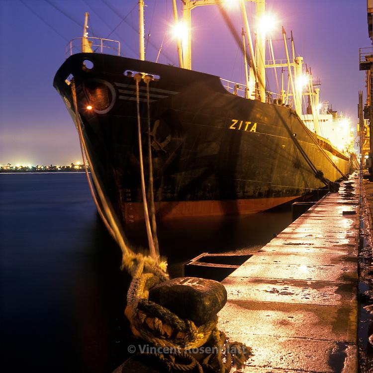 Port de Santos -&Eacute;tat de S&atilde;o Paulo.  <br /> Port of Santos - S&atilde;o Paulo state.