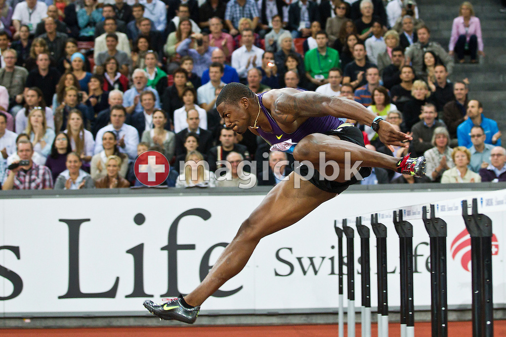 First placed David OLIVER of the USA competes in the men's 110m Hurdles at the IAAF Diamond League meeting at the Letzigrund Stadium in Zurich, Switzerland, Thursday, Aug. 19, 2010. (Photo by Patrick B. Kraemer / MAGICPBK)
