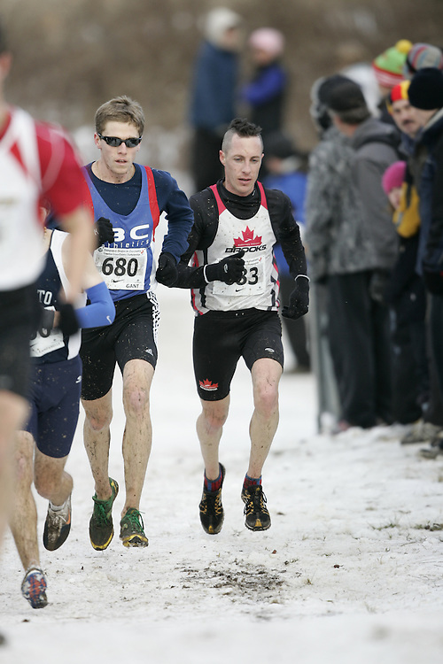 Guelph, Ontario ---29/11/08---  JAMES GOSSELIN runs the senior mens race at the 2008 AGSI Canadian Cross Country Nationals in Guelph, Ontario November 29, 2008..GEOFF ROBINS Mundo Sport Images