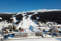 THEMENBILD - Übersicht auf die Aare Arena und den die Rennstrecken am Skiberg Aareskutan, aufgenommen am Freitag, 16. März 2018. Die alpinen Ski- Weltmeisterschaften 2019 finden von 05. bis 17. Februar in Aare /Schweden statt // Overview of the Aare Arena and the racetracks on Skiberg Aareskutan,, pictured on Tuesday, March 13, 2018. The Alpine Skiing World Championships 2019 will take place from 05 to 17 February in Aare. Sweden on 2017/03/16. EXPA Pictures © 2018, PhotoCredit: EXPA/ Johann Groder