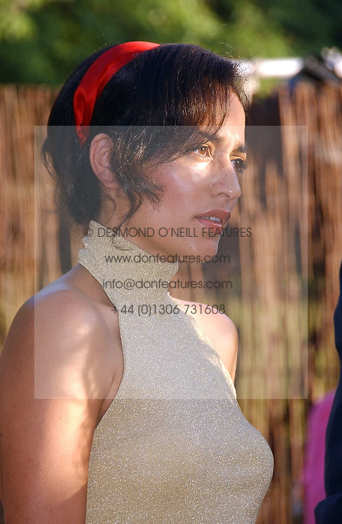 Writer ZADIE SMITH at the Serpentine Gallery Summer party sponsored by Yves Saint Laurent held at the Serpentine Gallery, Kensington Gardens, London W2 on 11th July 2006.<br /><br />NON EXCLUSIVE - WORLD RIGHTS