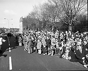 St Patricks day Parade, Dublin .17/03/1976.03/17/1976.17th March 1976.Photograph of members of the public lining the streets to watch the St Patricks Day Parade. The day is a national holiday in Ireland with parades occurring throughout the country.