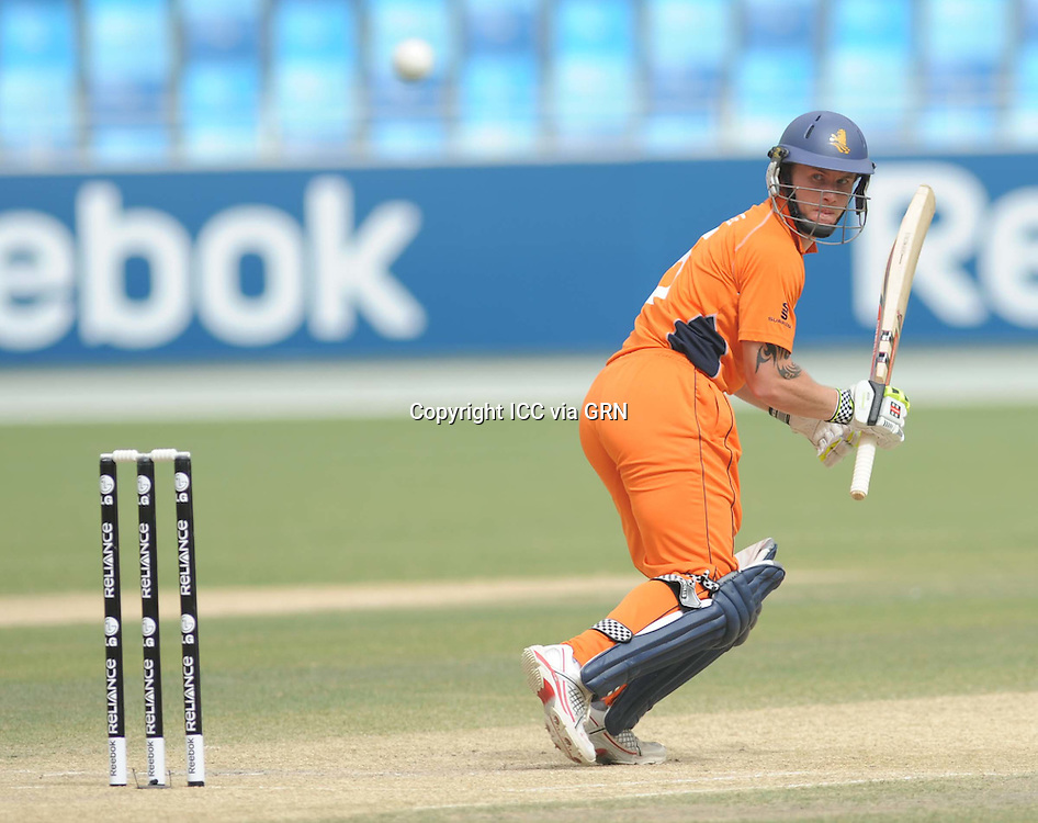 ICC World Twenty20 Qualifier UAE 2012.Ireland take on the Netherlands in the preliminary final at the Dubai International Cricket Stadium, Dubai,.Pic shows.