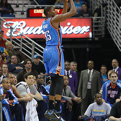 January 24,  2011; New Orleans, LA, USA; Oklahoma City Thunder small forward Kevin Durant (35) shoots against the New Orleans Hornets during the first quarter at the New Orleans Arena. Mandatory Credit: Derick E. Hingle