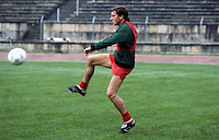 Sammy Nelson, footballer, Arsenal & N Ireland, 198011000359c..Copyright Image from Victor Patterson, 54 Dorchester Park, Belfast, UK, BT9 6RJ..Tel: +44 28 9066 1296.Mob: +44 7802 353836.Voicemail +44 20 8816 7153.Skype: victorpattersonbelfast.Email: victorpatterson@mac.com.Email: victorpatterson@ireland.com (back-up)..IMPORTANT: If you wish to use this image or any other of my images please go to www.victorpatterson.com and click on the Terms & Conditions. Then contact me by email or phone with the reference number(s) of the image(s) concerned.