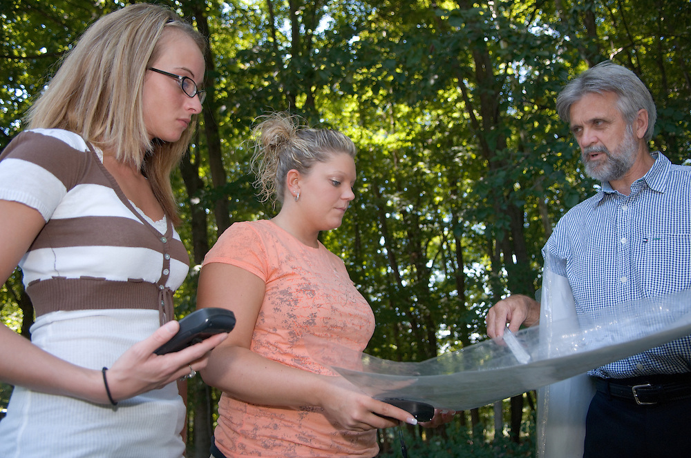 18322OU Chillicothe Campus ..Gary Haynes teacher :.. Amber Coon(orange)& Rebekah Halterman