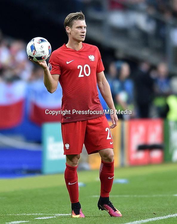 2016.06.16 Saint-Denis<br /> Football UEFA Euro 2016 group C game between Poland and Germany<br /> Lukasz Piszczek<br /> Credit: Lukasz Laskowski / PressFocus