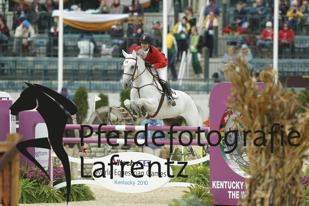 PIZARRO Nicolas, Crossing Jodan<br /> Kentucky - Alltech FEI WEG 2010<br /> /Stefan Lafrentz