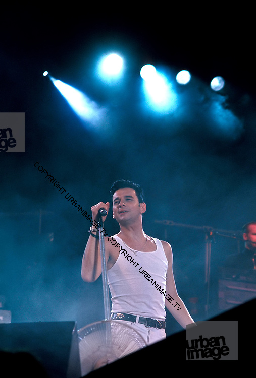 Depeche Mode performing live at Pasadena Rose Bowl, June 1988
