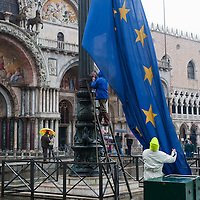 "VENICE - ITALY November 1st 2010 . The European flag is risen in St Mark Square during ""acqua alta"". Venice experiences today ""aqua alta"", or high water, bringing water onto Venice's streets ....***Agreed Fee's Apply To All Image Use***.Marco Secchi /Xianpix. tel +44 (0) 771 7298571. e-mail ms@msecchi.com .www.marcosecchi.com"