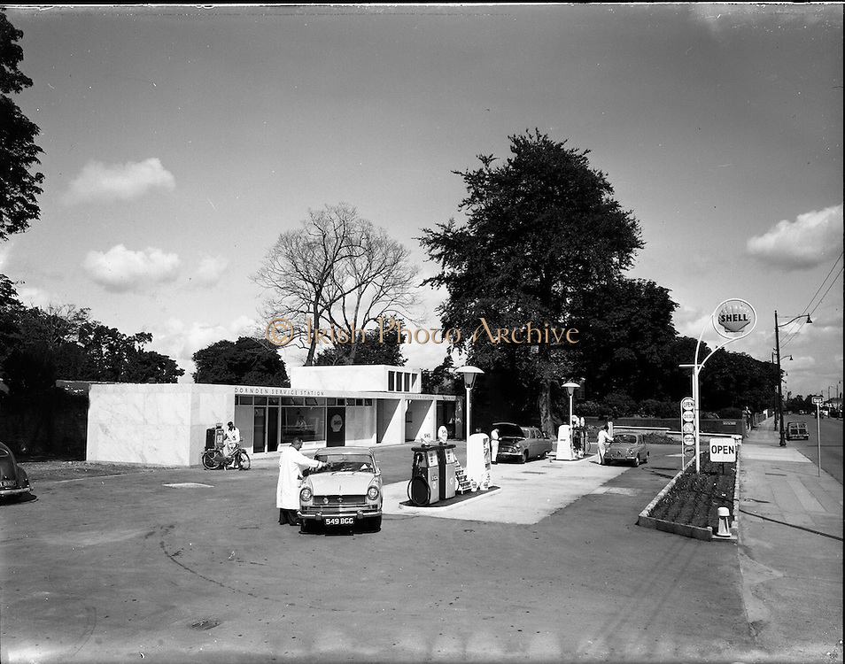 20/07/1962<br /> 07/20/1962<br /> 20 July 1962<br /> Shell Service Station at Merrion Road, Dublin. Picture shows a view of Dorden's service station.