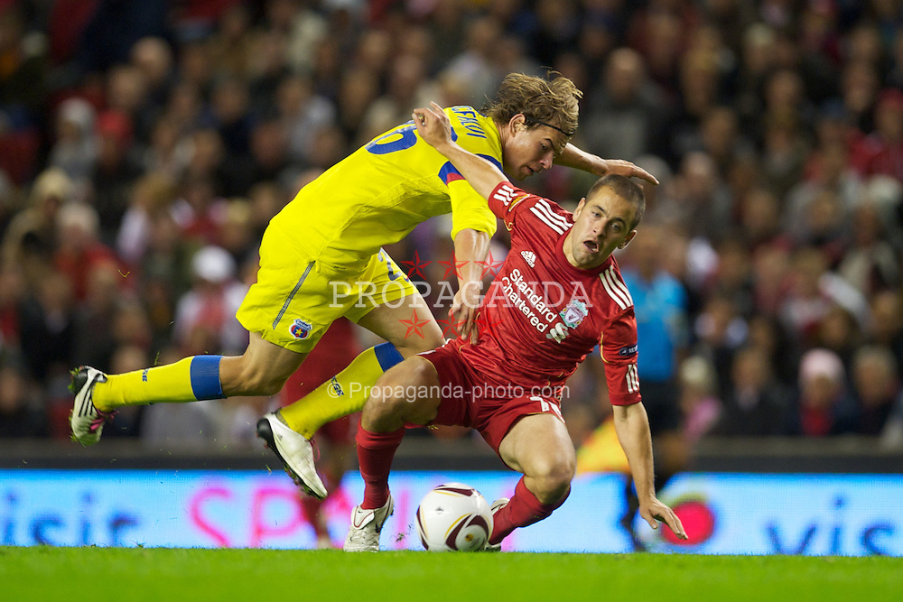 LIVERPOOL, ENGLAND - Thursday, September 16, 2010: Liverpool's Joe Cole in action against FC Steaua Bucuresti during the opening UEFA Europa League Group K match at Anfield. (Photo by David Rawcliffe/Propaganda)