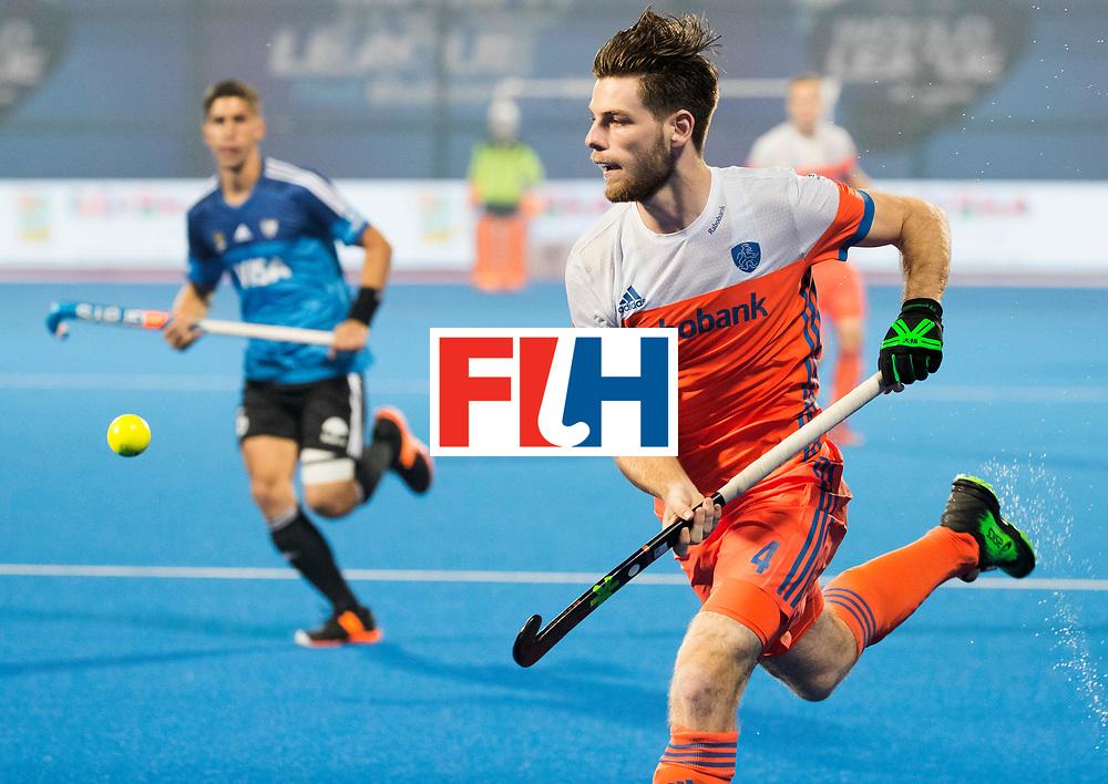 BHUBANESWAR - Lars Balk (Ned)  tijdens de Hockey World League Final wedstrijd Nederland-Argentinie (3-3).  COPYRIGHT  KOEN SUYK