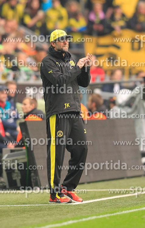 05.04.2014, Signal Iduna Park, Dortmund, GER, 1. FBL, Borussia Dortmund vs VfL Wolfsburg, 29. Runde, im Bild Trainer Juergen Klopp (Borussia Dortmund) gibt Applaus // during the German Bundesliga 29th round match between Borussia Dortmund and VfL Wolfsburg at the Signal Iduna Park in Dortmund, Germany on 2014/04/05. EXPA Pictures &copy; 2014, PhotoCredit: EXPA/ Eibner-Pressefoto/ Schueler<br /> <br /> *****ATTENTION - OUT of GER*****