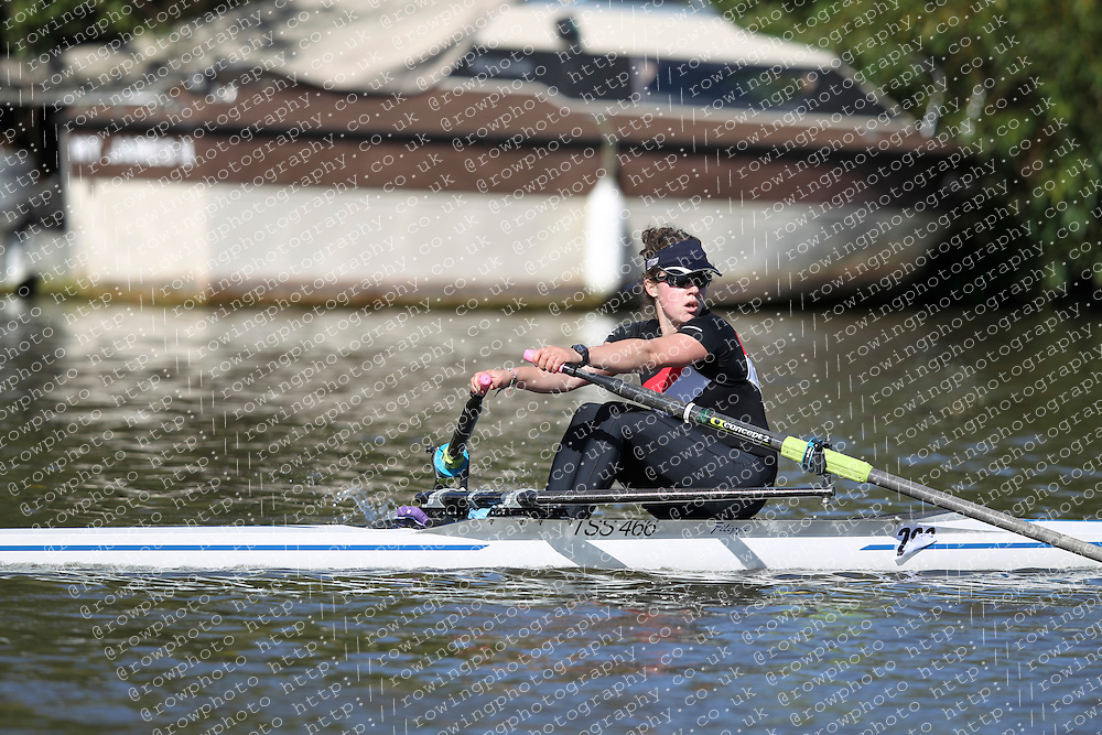 29.09.2012. Wallingford Long Distance Sculls 2012, The River Thames. Division 1. W.Nov 1x. Gloucester Rowing Club.