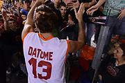 DESCRIZIONE : Roma Lega A 2012-13 Acea Roma Trenkwalder Reggio Emilia<br /> GIOCATORE : Luigi Datome<br /> CATEGORIA : tifosi curiosita ritratto esultanza<br /> SQUADRA : Acea Roma<br /> EVENTO : Campionato Lega A 2012-2013 <br /> GARA : Acea Roma Trenkwalder Reggio Emilia<br /> DATA : 14/10/2012<br /> SPORT : Pallacanestro <br /> AUTORE : Agenzia Ciamillo-Castoria/GiulioCiamillo<br /> Galleria : Lega Basket A 2012-2013  <br /> Fotonotizia : Roma Lega A 2012-13 Acea Roma Trenkwalder Reggio Emilia<br /> Predefinita :