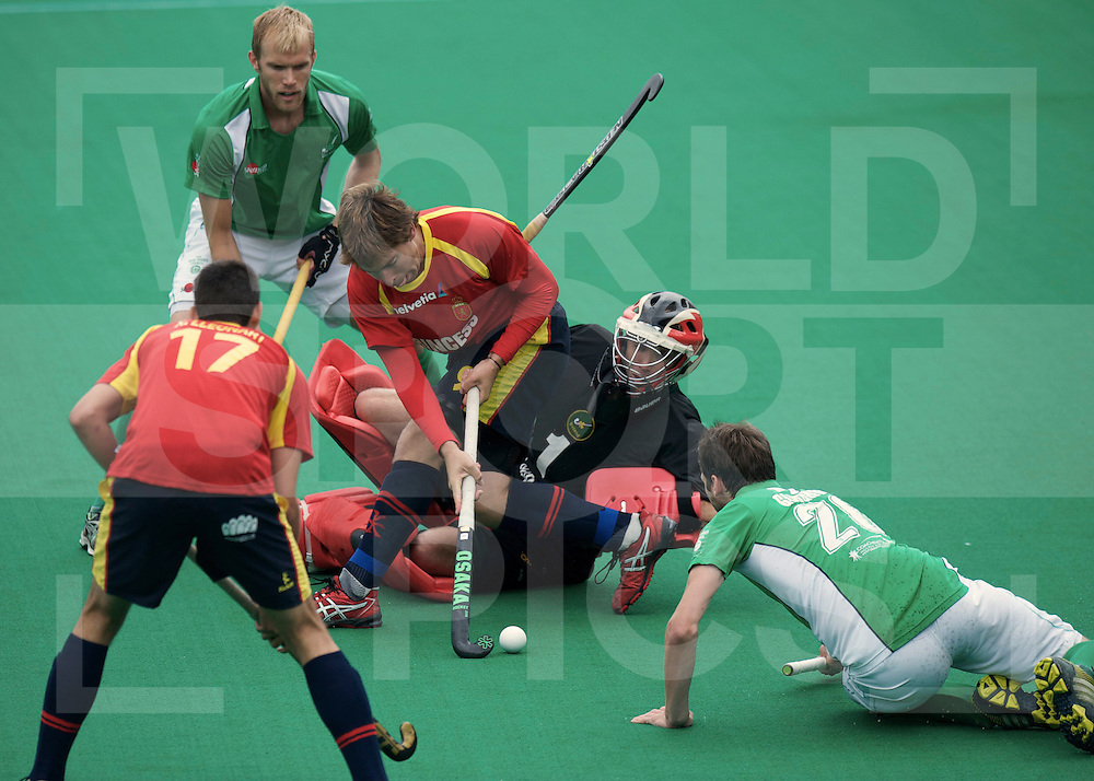 ROTTERDAM - Hock World League Semi Final Men<br /> Ireland v Spain<br /> foto: .PADROS Roger.<br /> FFU PRESS AGENCY COPYRIGHT FRANK UIJLENBROEK