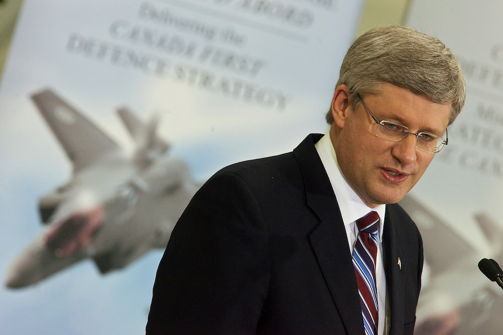 Prime Minister Stephen Harper speaks to students at St. Ignatius of Loyola School in Guelph Ontario, Friday, March 11, 2011 where he announced funding for teaching science in schools.<br /> THE CANADIAN PRESS/ Geoff Robins