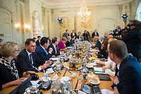 DEU, Deutschland, Germany, Gransee, 11.04.2018: Kabinettsitzung im Rahmen der Klausurtagung des Bundeskabinetts im Schloss Meseberg.
