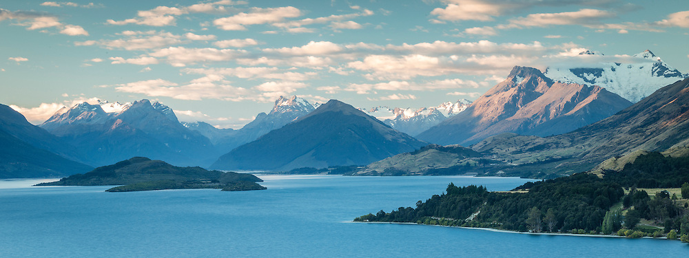 Bennett's Bluff Lookout, looking across Lake Wakatipu towards Mount Earnslaw and Glenorchy