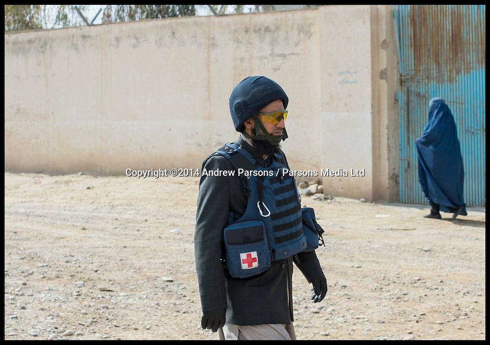 MOD Imam Asim Hafiz on a patrol with British Troops in Lashkar Gah,Afghanistan, 21st January 2014, Picture by Andrew Parsons / Parsons Media Ltd