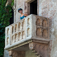 Juliet's balcony in Verona.Verona is a city in Veneto, Northern Italy home to approx. 265,000 inhabitants and one of the seven provincial capitals of the region. Verona has Roman origins and  derived importance from being at the intersection of many roads. It is world famous for the Arena and its Opera....***Agreed Fee's Apply To All Image Use***.Marco Secchi /Xianpix. tel +44 (0) 207 1939846. e-mail ms@msecchi.com .www.marcosecchi.com