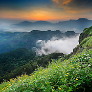 beautiful Colours of RATANGAD VALLEY, I was up in early at Dawn to witness the beaty of Sahyadri in magic hour!
