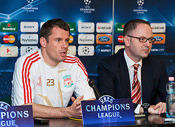 BUDAPEST, HUNGARY - Monday, November 23, 2009: Liverpool's Jamie Carragher and press officer Ian Cotton during a press conference at the Ferenc Puskas Stadium ahead of the UEFA Champions League Group E match against Debreceni VSC. (Pic by David Rawcliffe/Propaganda)